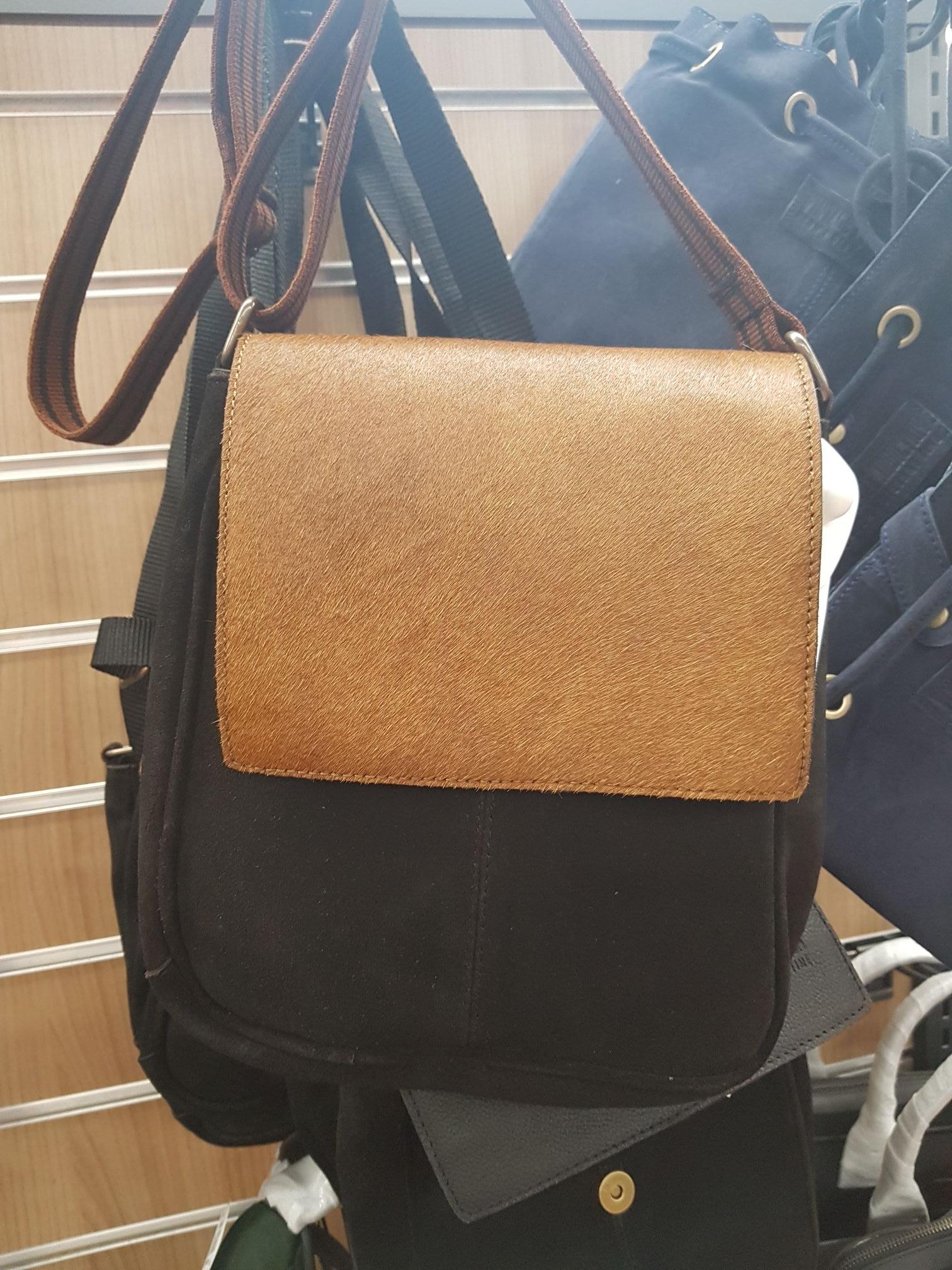 Sélection de sacs en cuir de vachette à 9.99€ - Castres (81)