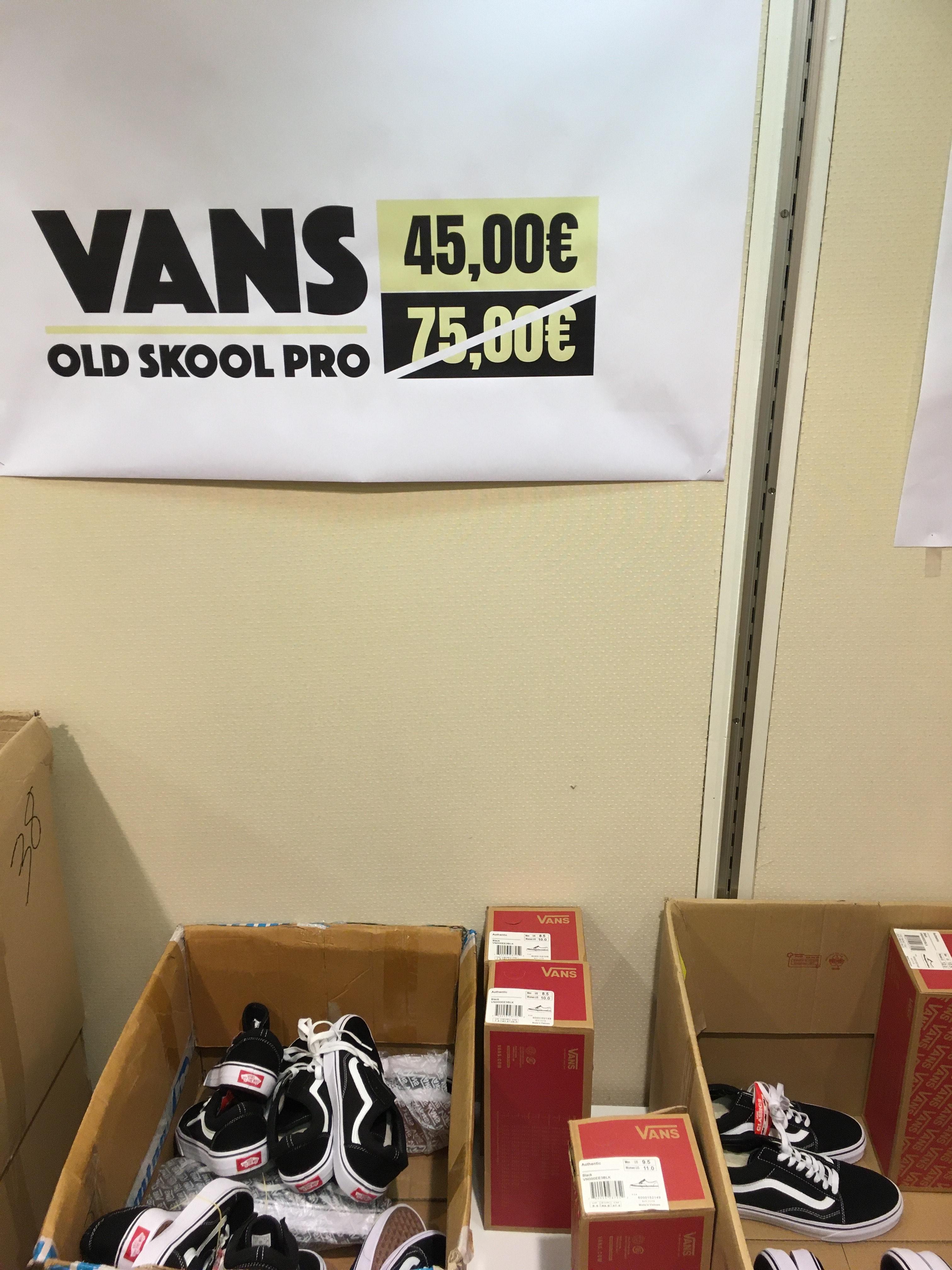 Chaussures Vans Old Skool Pro - Tailles au choix, Noir (Hôtel des marques Limoges - 87)