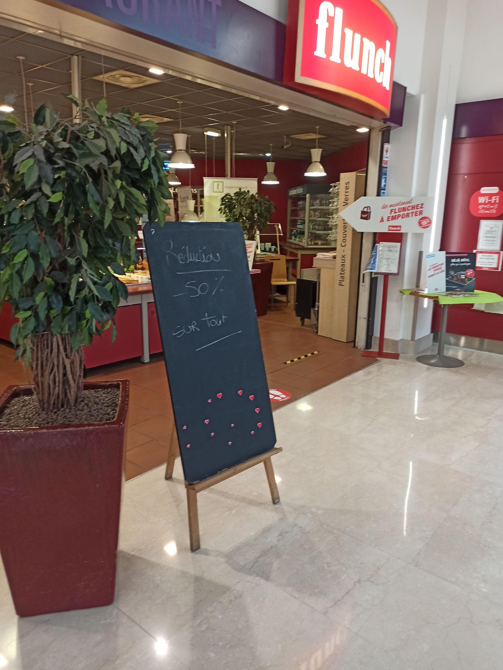 50% de réduction sur tout le restaurant - Auchan Saint-Genis-Laval (69)