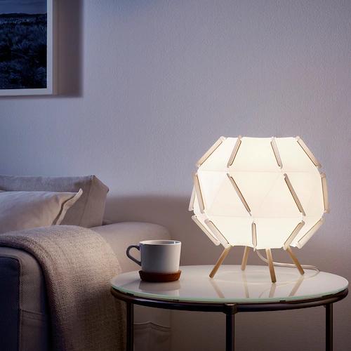 [Membres Ikea Family] Lampe de table SJÖPENNA