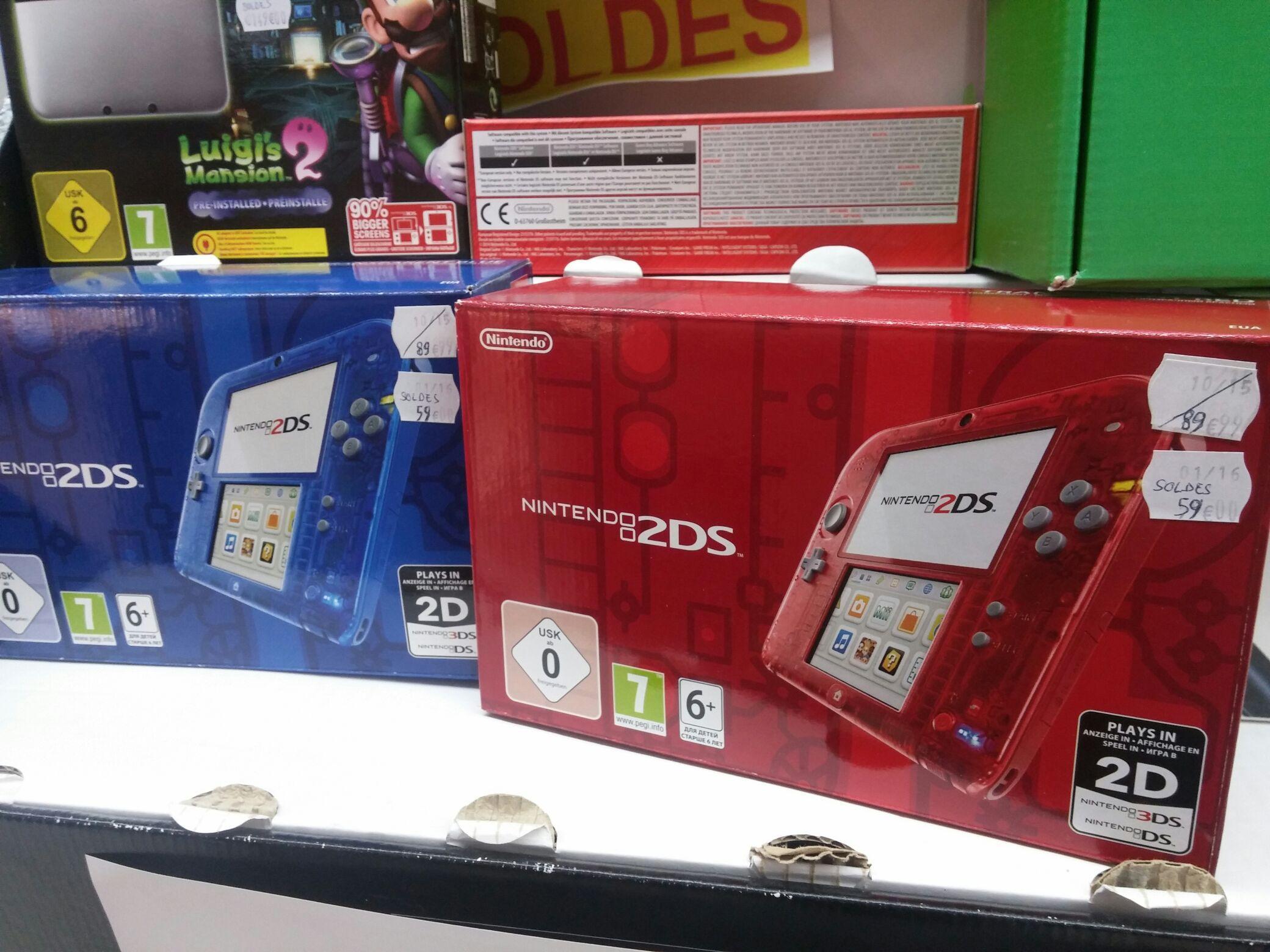 Console Nintendo 2DS - Bleu ou Rouge (transparente)