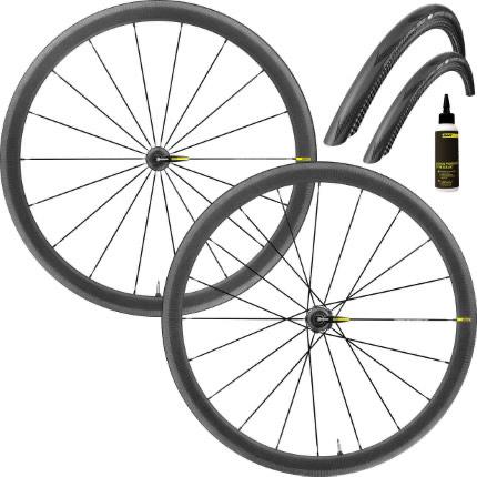 Paire de roues de vélo carbone Mavic Cosmic Pro Carbon UST WTS - 700c, avec pneus et préventif