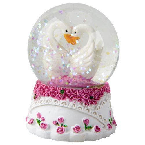 Boule à neige avec cygnes - 6.5x4.5cm