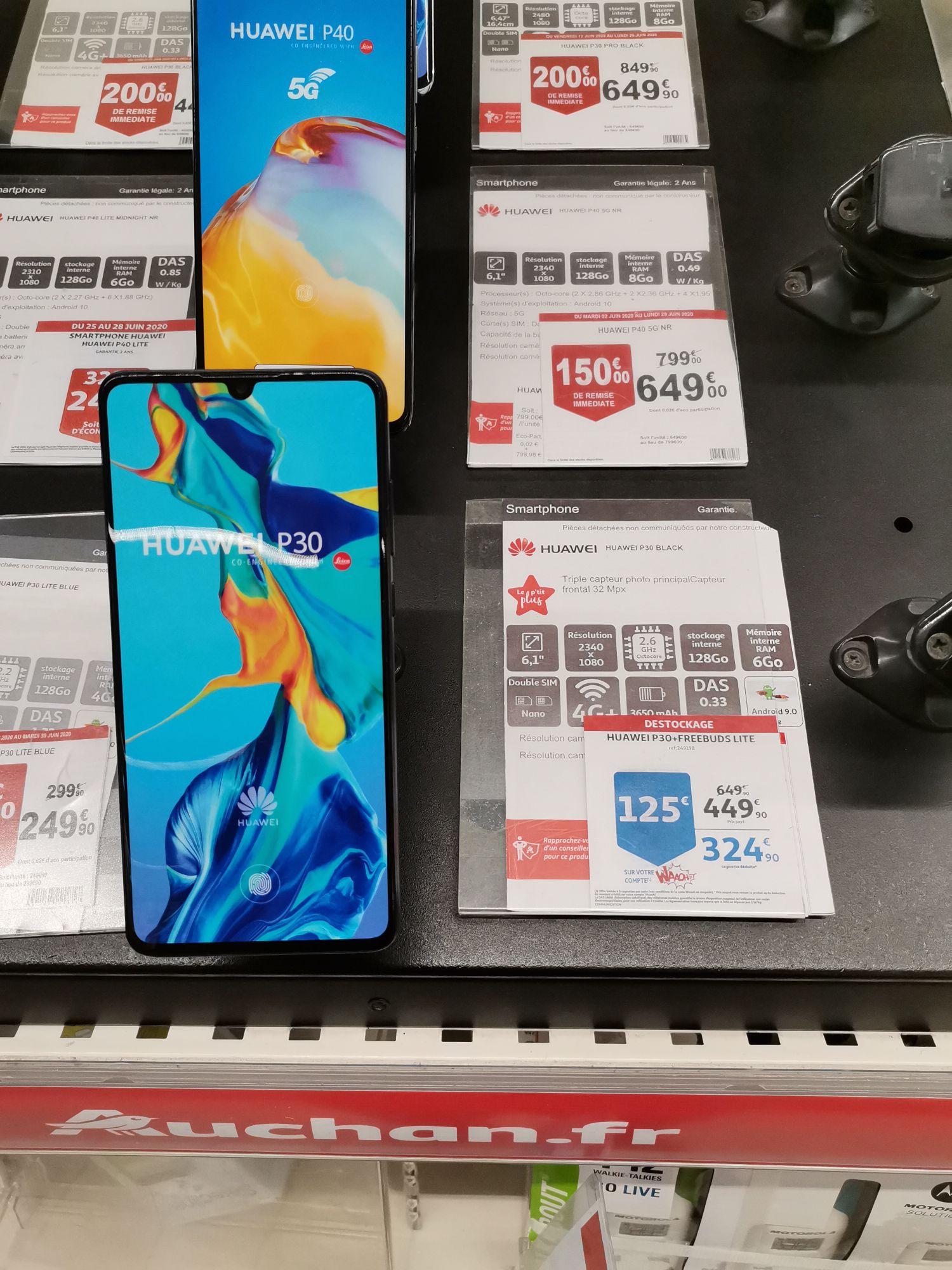 """Smartphone 6.1"""" Huawei P30 (6 Go de RAM, 128 Go, noir) + Écouteurs Freebuds Lite (Via 125€ sur la Carte de Fidélité) - St Priest (69)"""