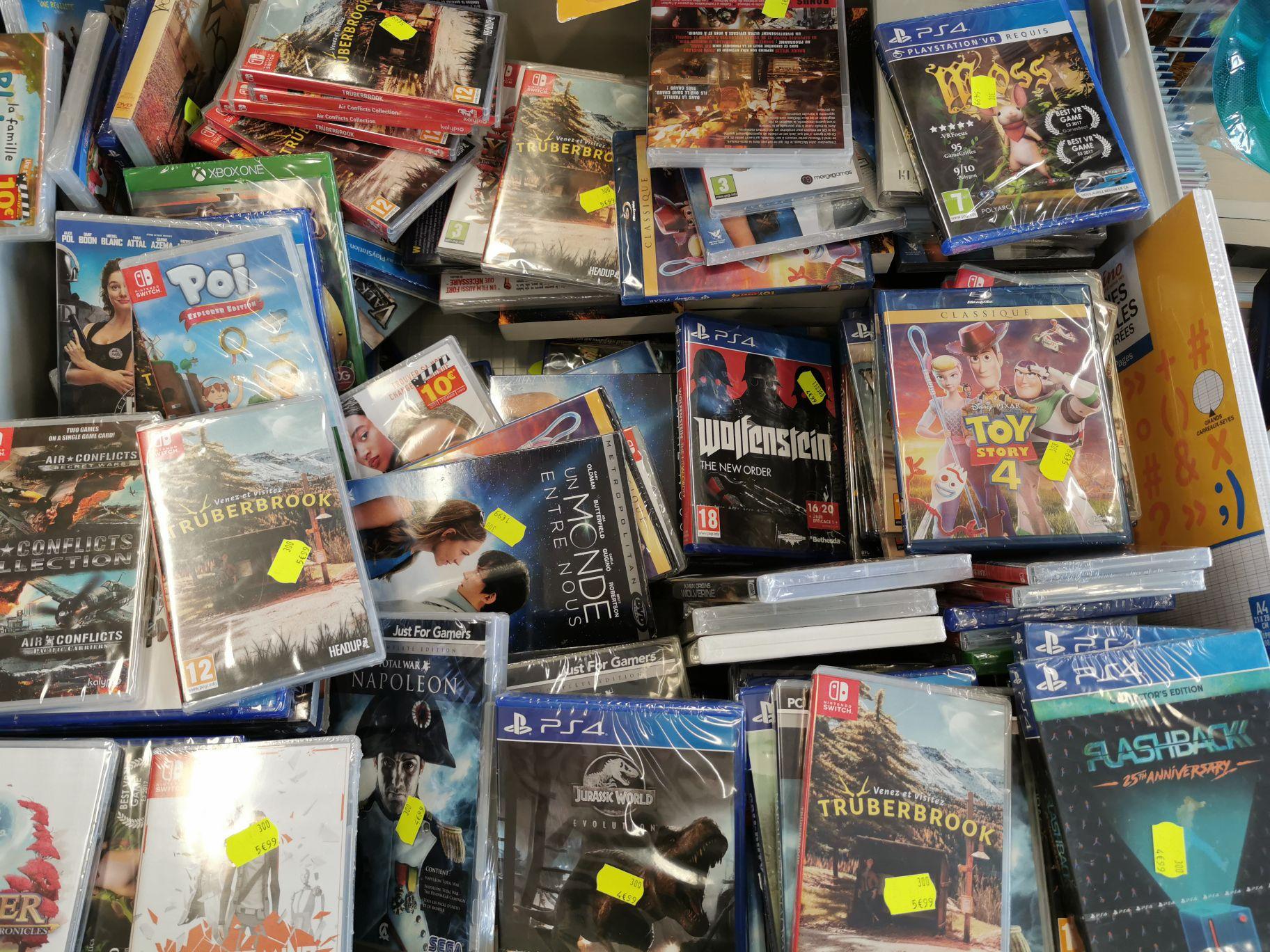 Divers jeux PS4 Switch Xbox One et PC - Ex: Jurassic World sur PS4 - Quiberon (56)