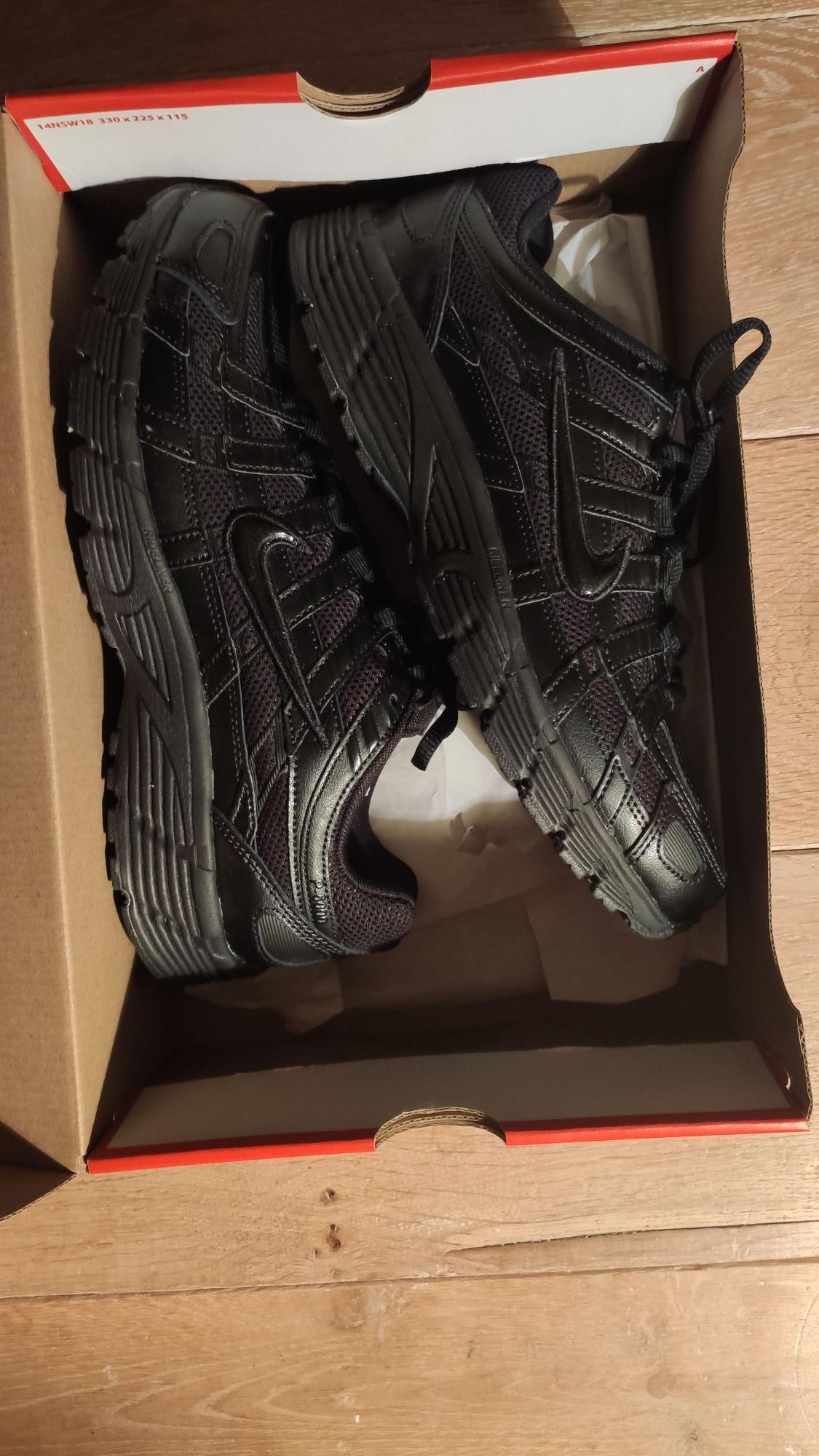 Paire de chaussures Nike P-6000 - Noir (Plusieurs Tailles disponibles) - Fleury-Mérogis (91)