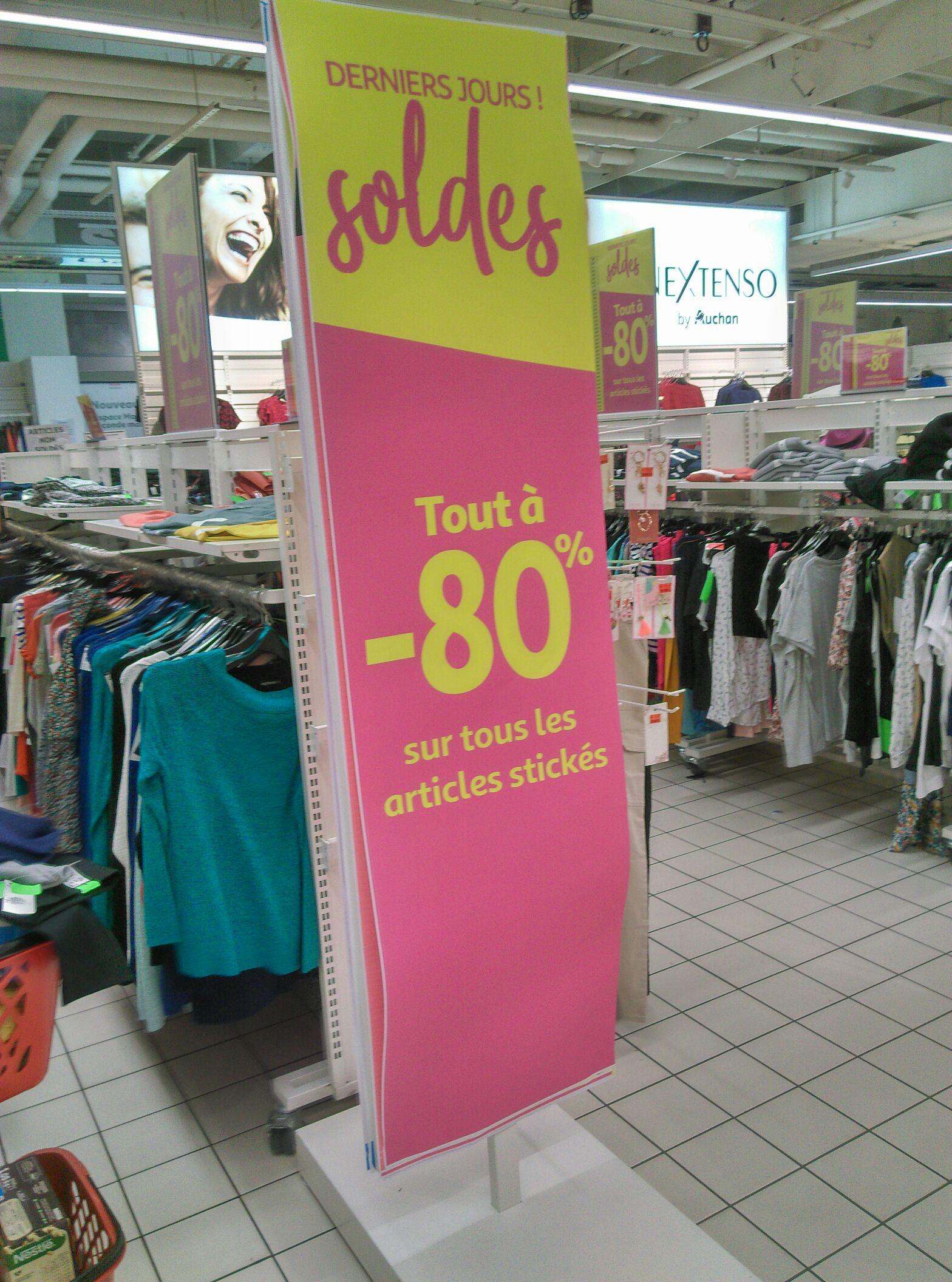 80% de réduction sur tous les articles soldés - Ex : Pyjama Homme (Auchan Mériadeck Bordeaux - 33)
