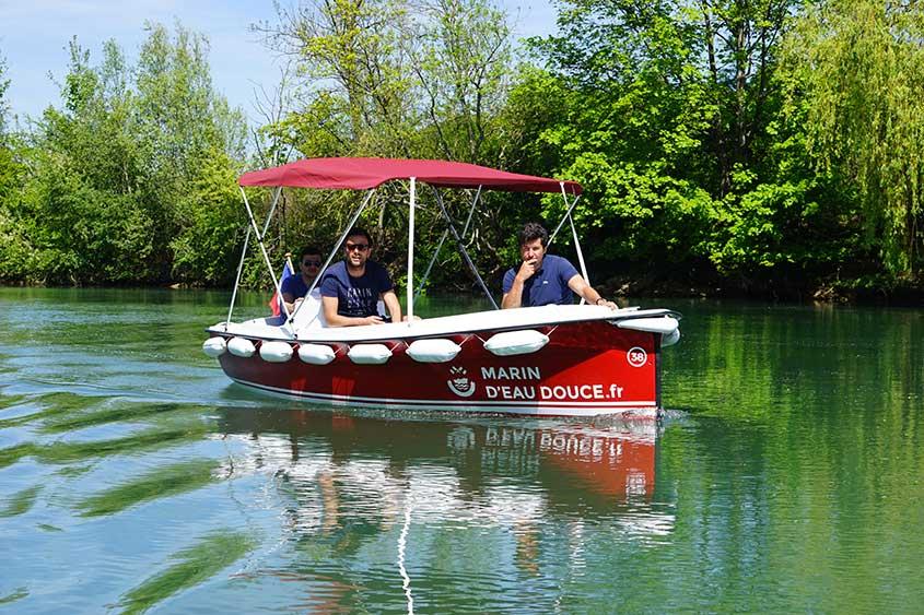 15% de réduction sur les locations de bateau électrique sans permis - Marin d'eau douce Strasbourg (67)