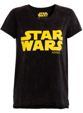 50% de réduction sur une sélection d'articles de l'Outlet - Ex : Top noir effet délavé print Star Wars