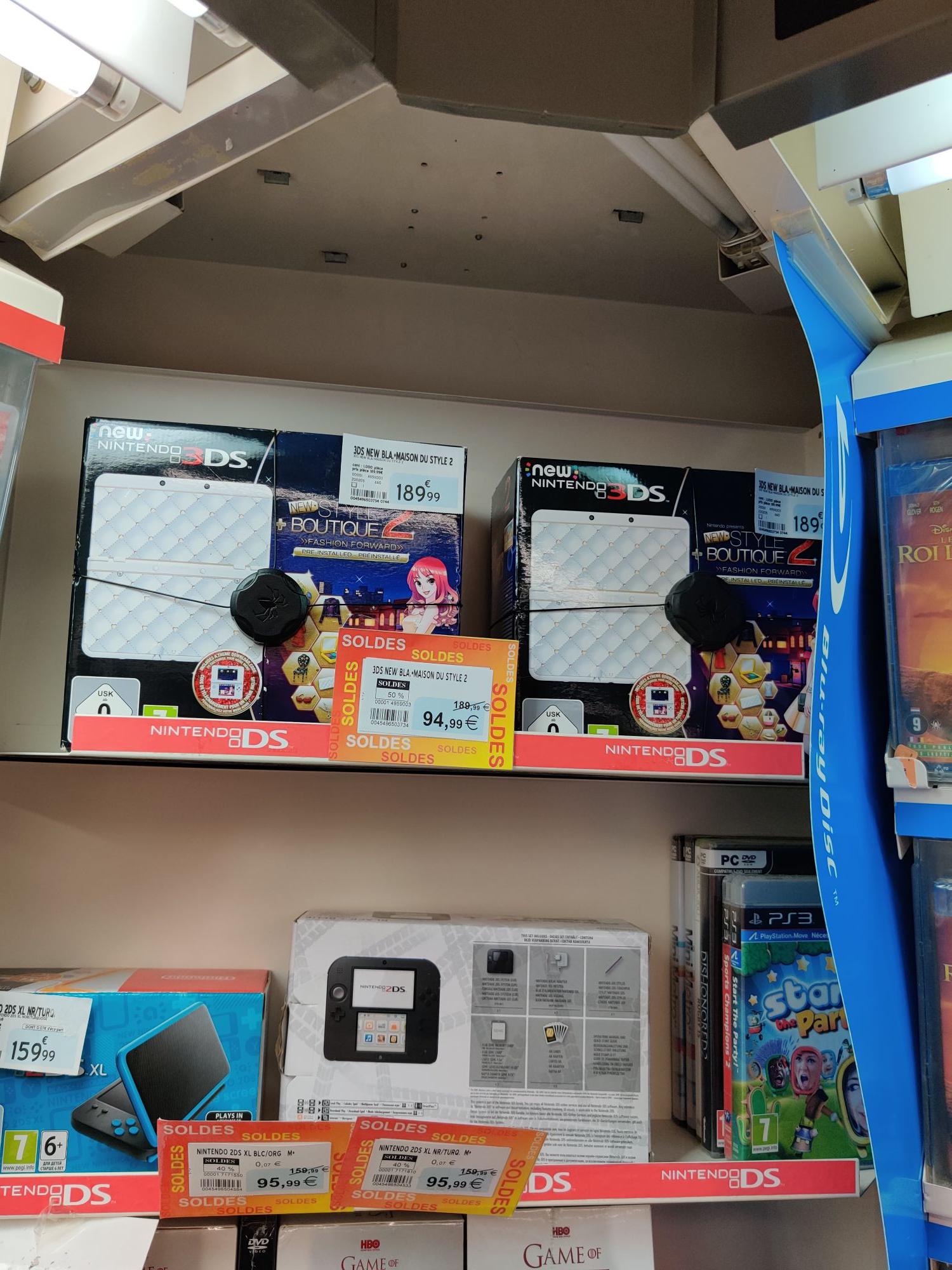 Console New Nintendo 3DS + Maison du style 2 - La Montagne (44)