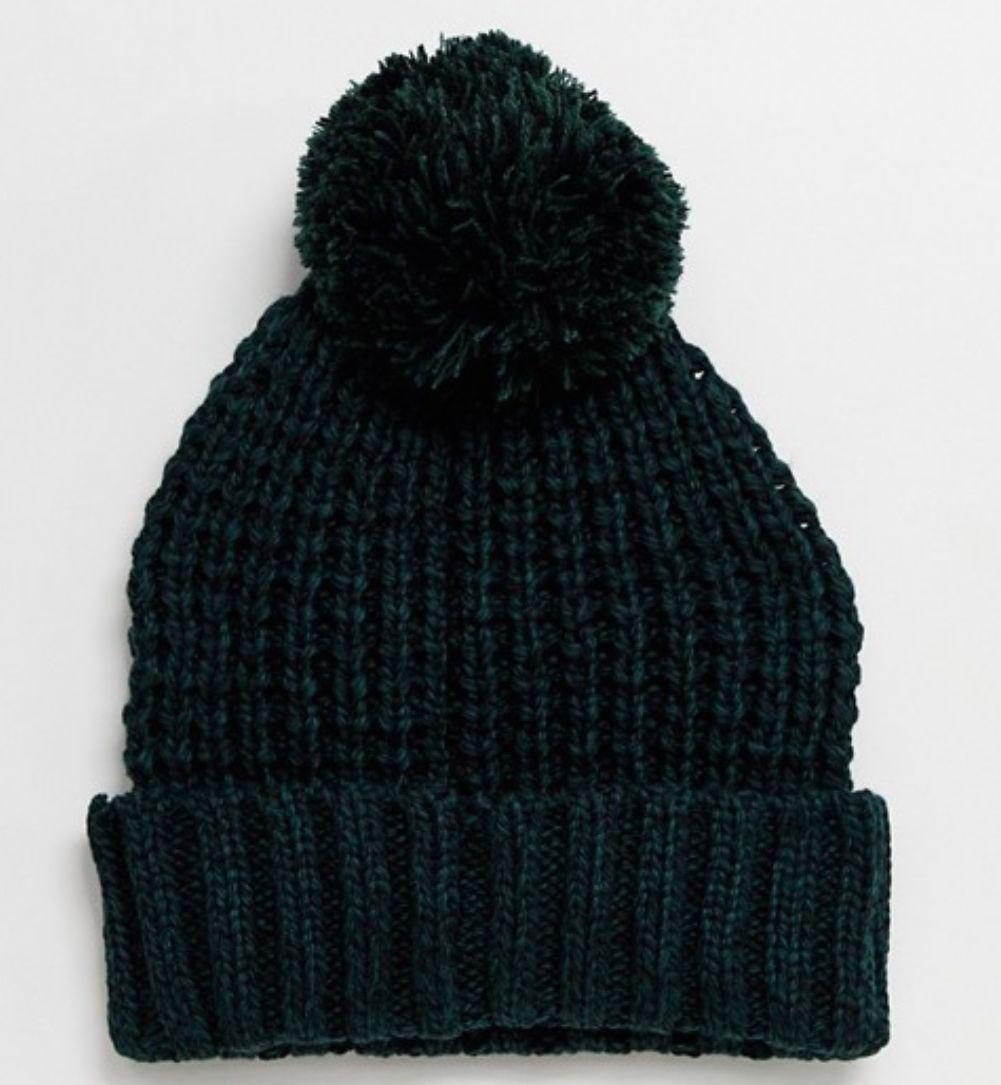 Bonnet en épaisse maille torsadée avec pompon - Vert et noir