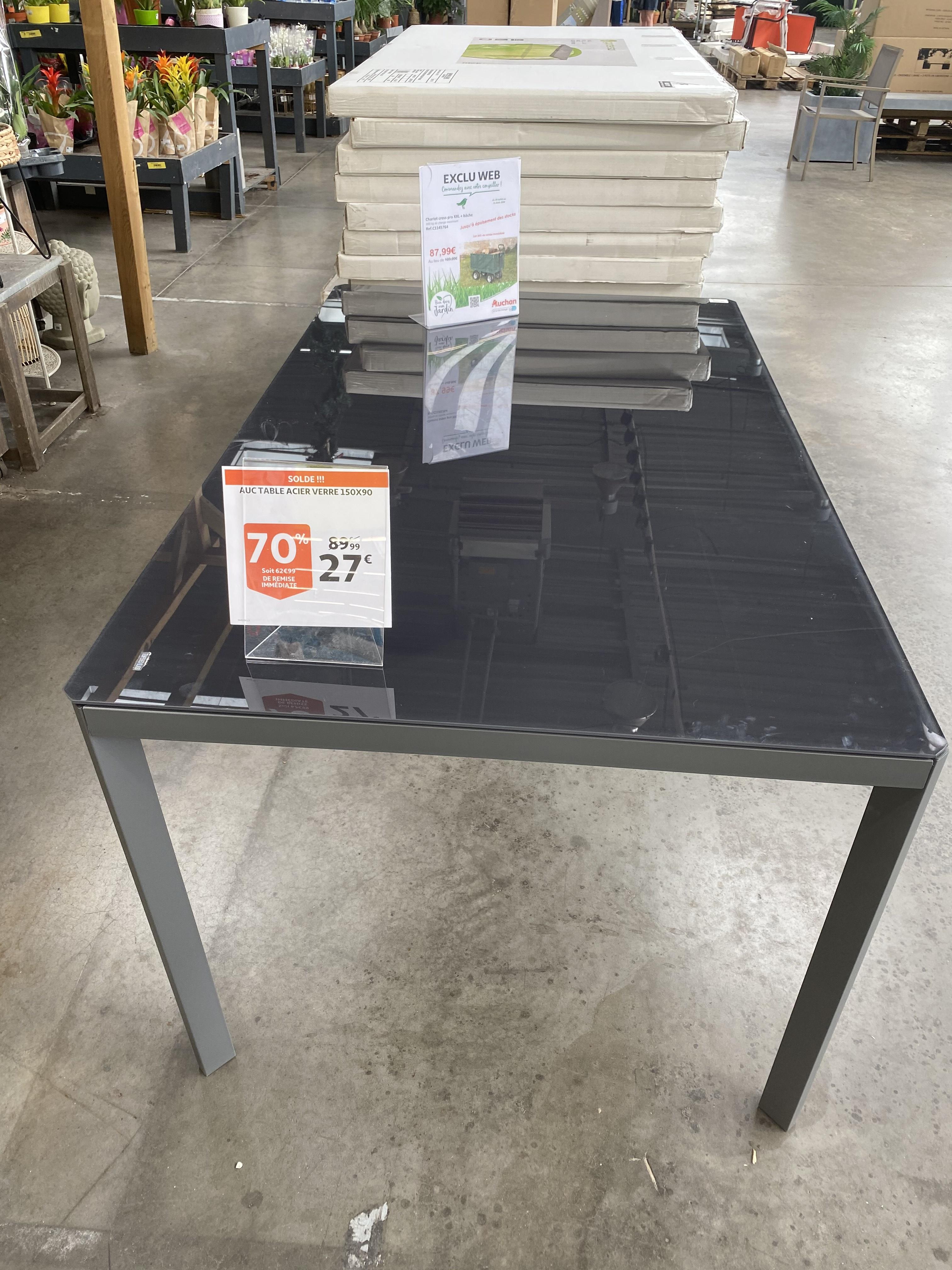 Table de jardin Auchan (90x150 cm, en acier & verre, gris) - Louvroil (59)