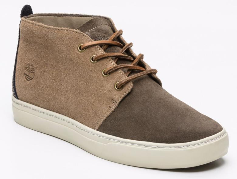 Sélection de chaussures Timberland en promotion - Ex : Chaussure montante cuir suédé - beige et taupe foncé