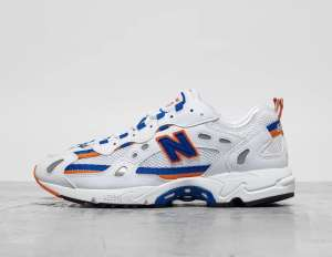 Baskets New Balance 827 - Blanc (footpatrol.fr)