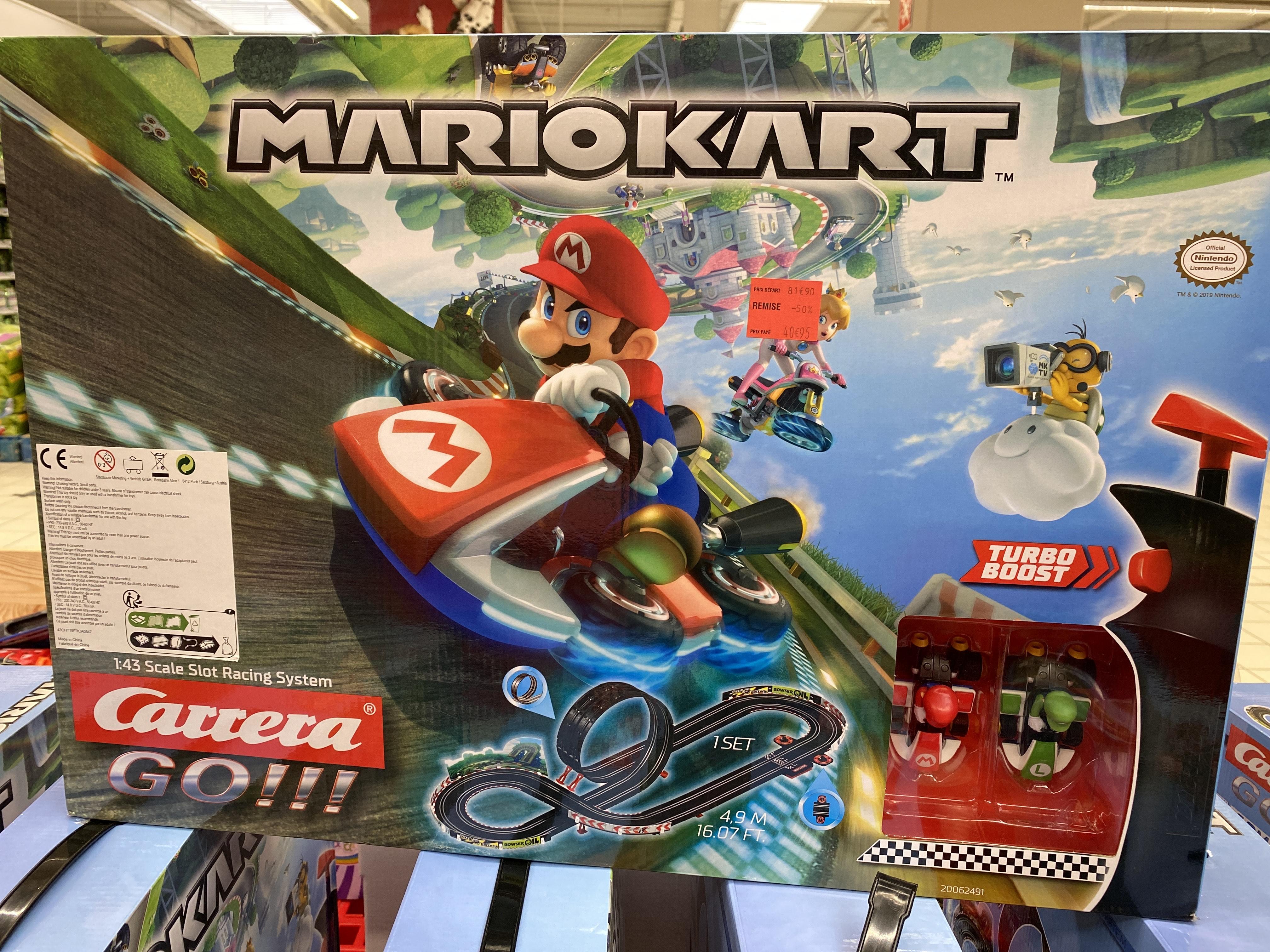 Circuit Mario Kart Carrera Go - Marseille Grand Littoral (13)