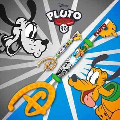 Clé Disney Store Opening Ceremony Pluto 90ème Anniversaire offerte dès 20€ d'achats