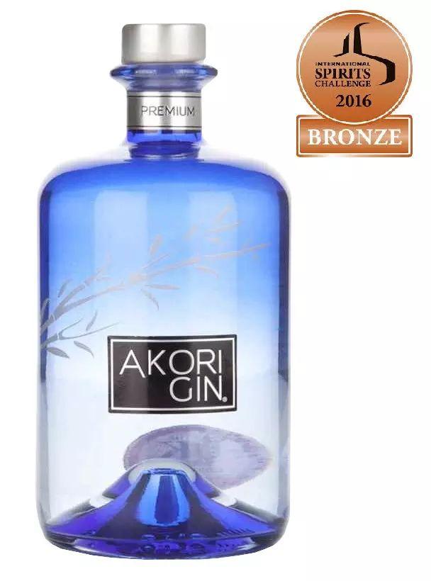 Bouteille de gin Akori - Leader Price Issoire (63)
