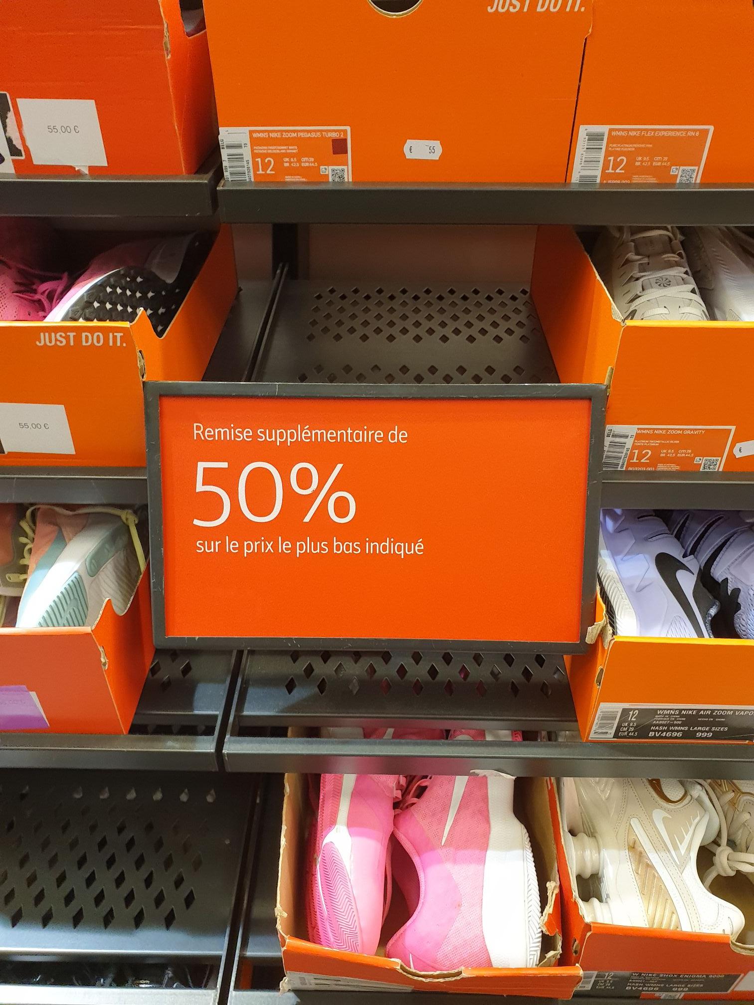 50% de réduction supplémentaire sur tout le magasin - Nike ClearanceStore Romans sur Isère (26)