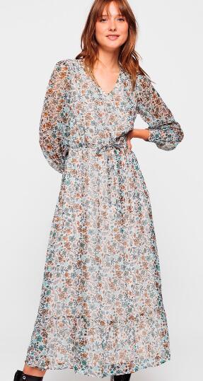 Jusqu'à 50% de réduction sur une sélection d'articles - Ex : robe longue