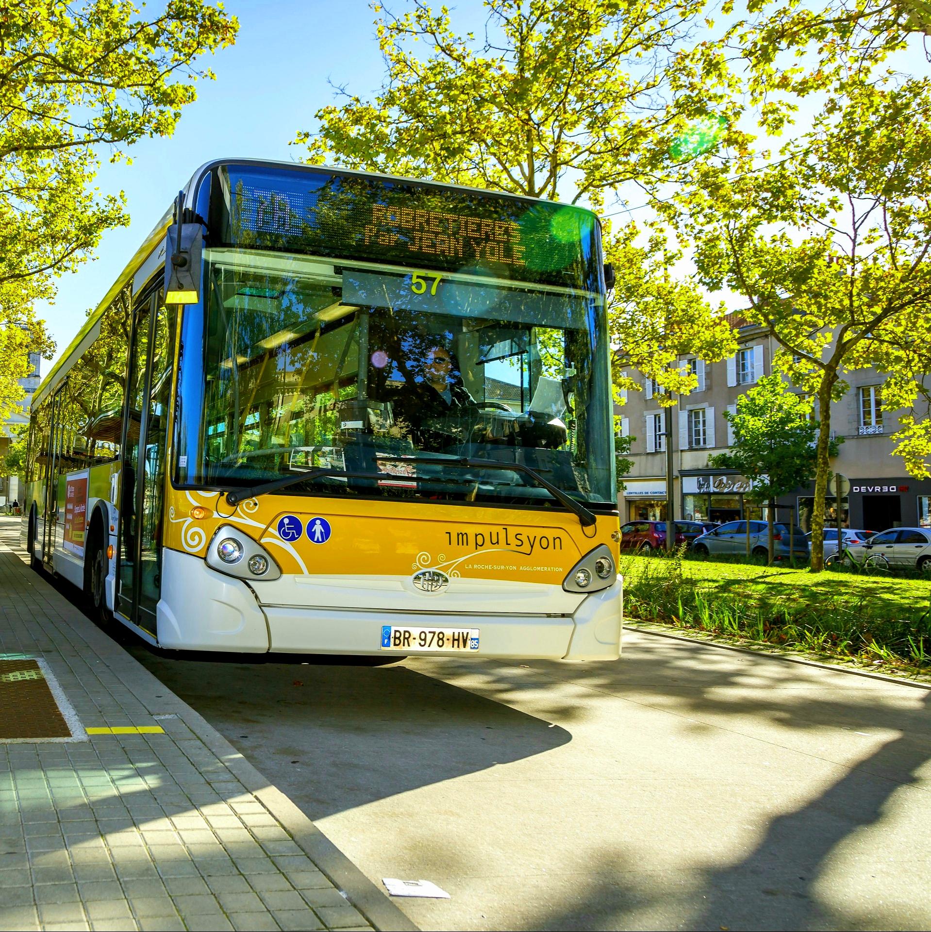 Circulation Gratuite en Bus entre Landeronde et La Roche-sur-Yon du 26 Octobre au 7 Novembre - La Roche-sur-Yon / Landeronde (85)