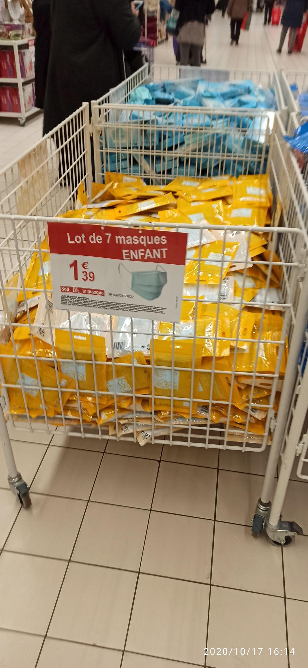 Lot de 7 masques chirurgicaux pour enfants - Carrefour Sevran (93)