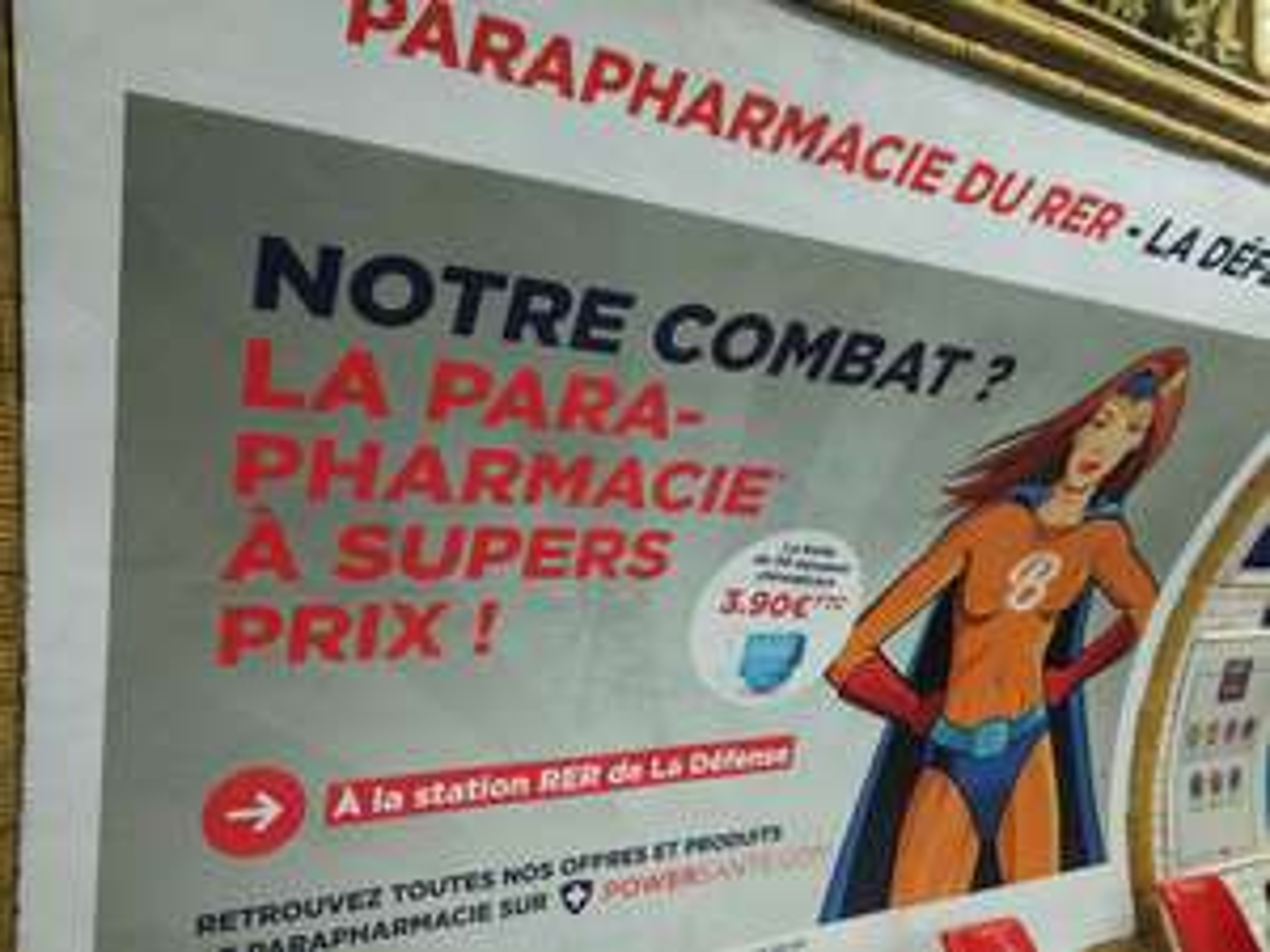 Boîte de 50 masques chirurgicaux - Parapharmacie du RER / La Défense Puteaux (92)