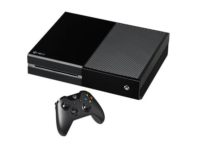 Console Microsoft Xbox One 500Go + 2ème Manette + Naruto Shippuden : Ultimate Ninja Storm 4 + Rise of the Tomb Raider