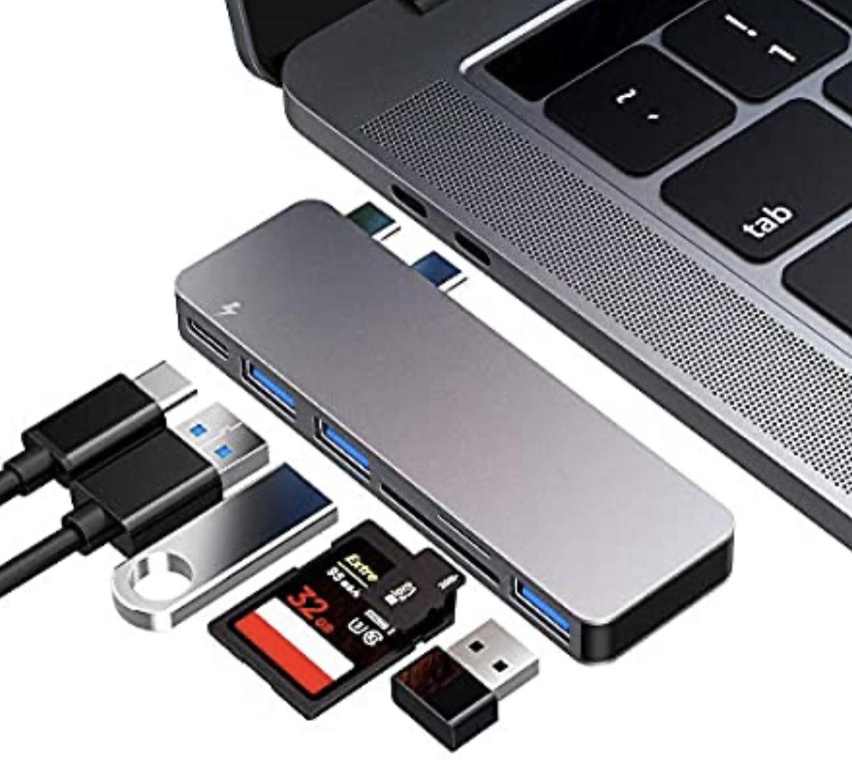 Hub USB-C Flyland - 3 Ports USB 3.0, Lecteur de Carte SD et 1 port USB C (Vendeur Tiers)