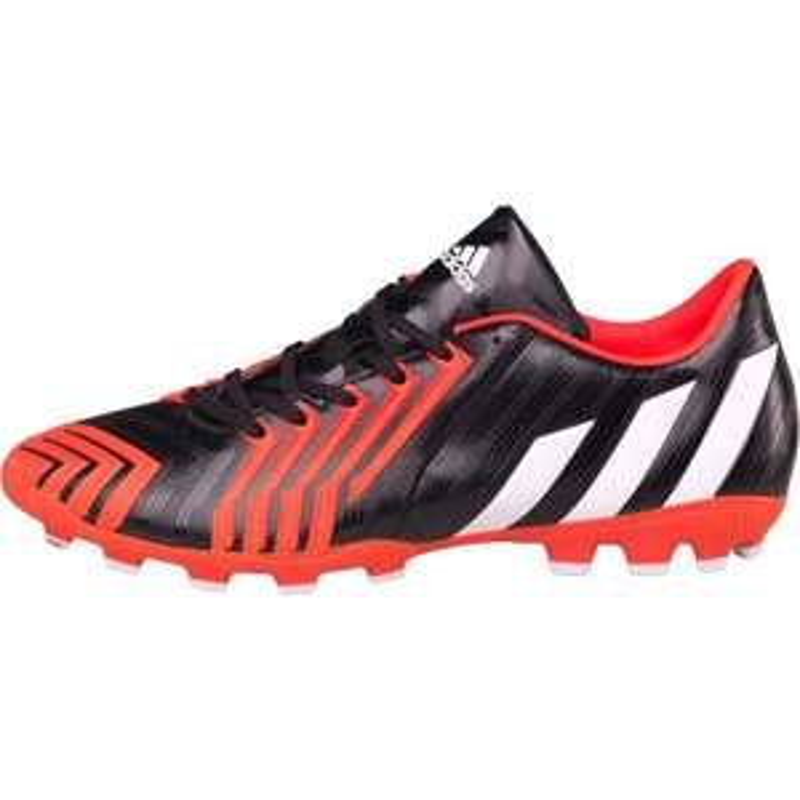 Jusqu'à 80% de réduction sur une sélection de chaussures de foot Adidas - Ex : Chaussures Adidas Mens P Absolion Instrinct TBC (Taille 39 à 41)