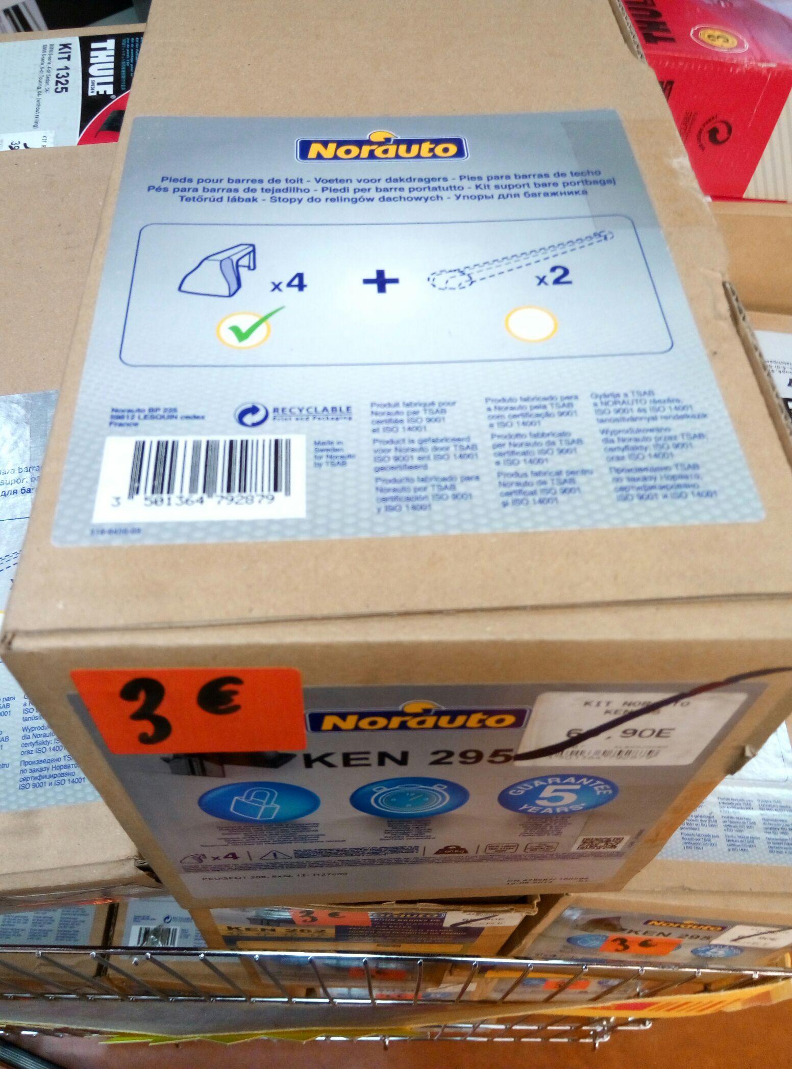 Pieds de barres de toit Norauto de 1 a 3 euros