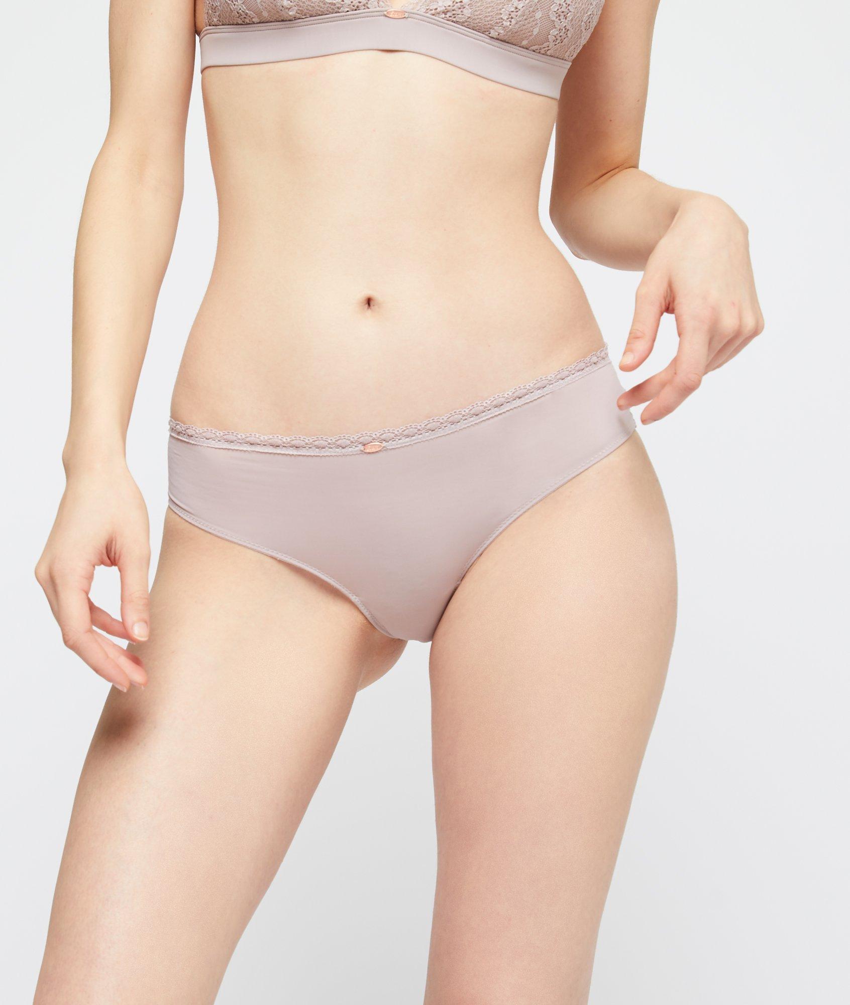 Sélection de culottes à 8€ - Ex :Spacer Hipster dentelle et microfibre