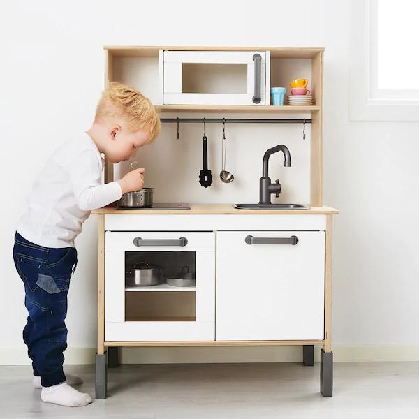 [IKEA FAMILY] Jouet d'immitation Cuisine pour enfant en bois Duktig