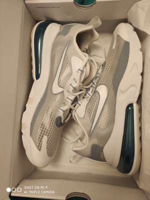 Chaussures Nike Air Max 270 React SE (différentes tailles) - Nike Factory Store Vedène (84)