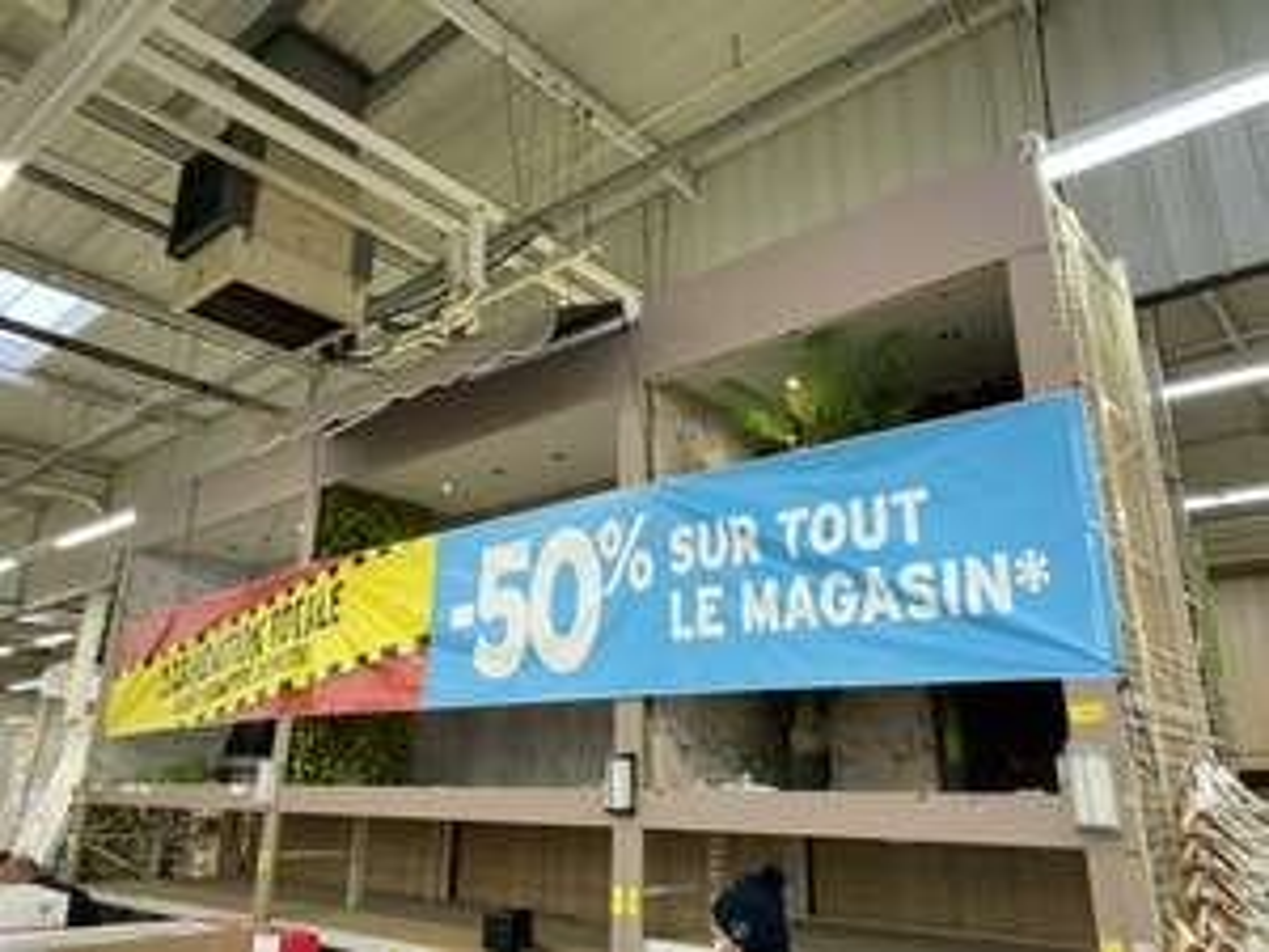 50% de réduction sur tout le magasin (liquidation totale) - Dans une sélection de magasins