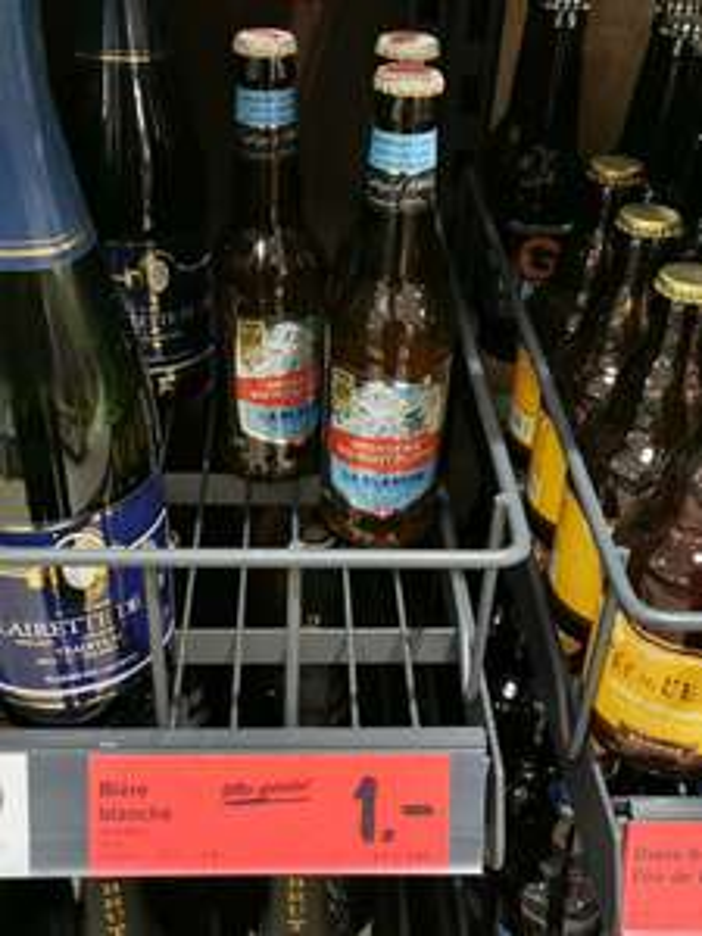 Sélection de bières en promotion - Ex : Bière blanche Mont Blanc 33cl