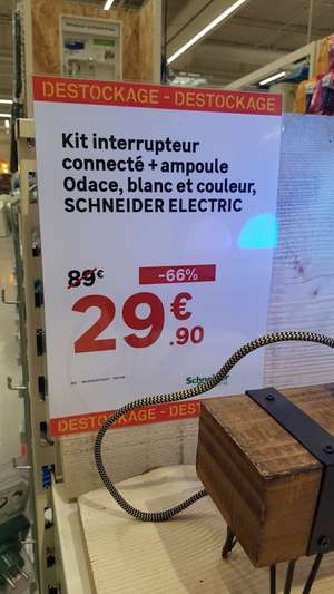 Kit interrupteur connecté + Ampoule Odace blanc et couleur SCHNEIDER - Tourville la Rivière (76)