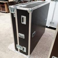 Sélection de flight case & valises de protection en promotion - Ex : Flight case pour console de mixage (conex-online.com)