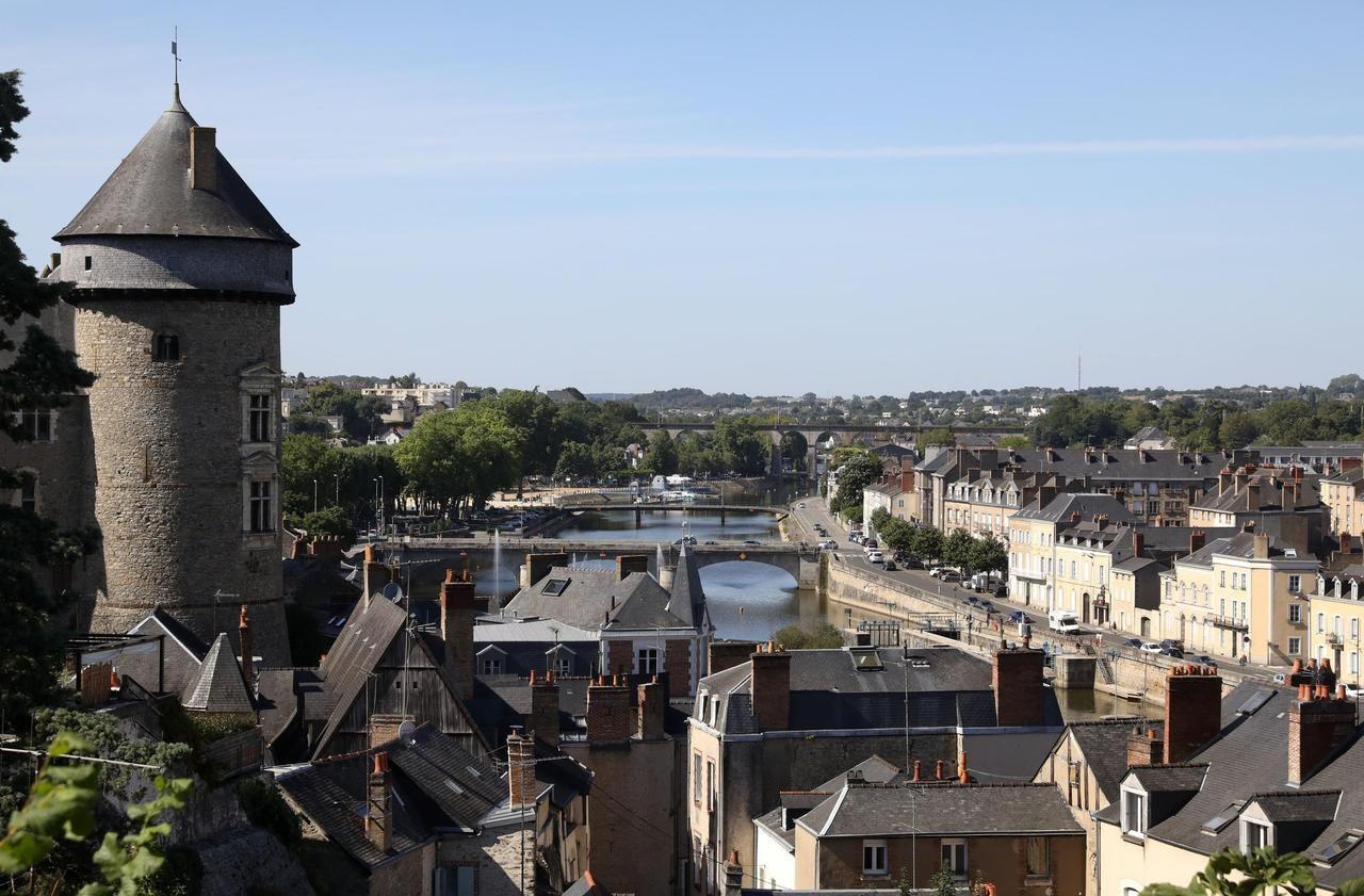 53€ dépensés sur Mavillemonshopping = 53€ offerts pour une nuit à l'hôtel - Mayenne (53)