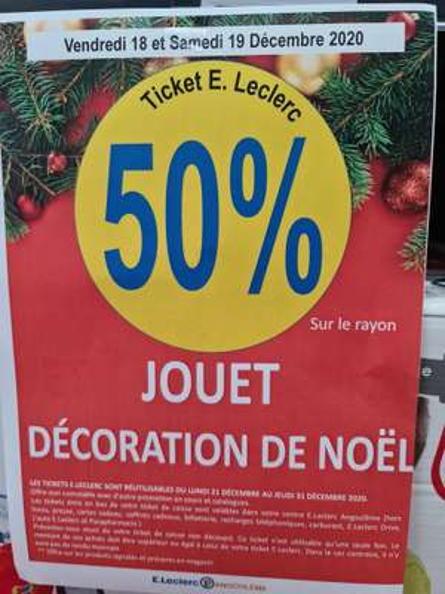 50% offert en ticket sur les Jouets et Décorations de Noël - Leclerc Angoulême (16)