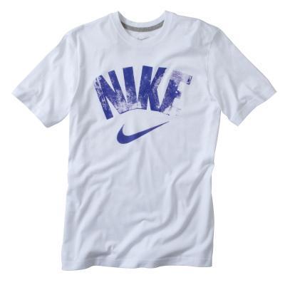 70% de réduction sur une sélection d'articles - Ex : Tshit Nike manches courtes