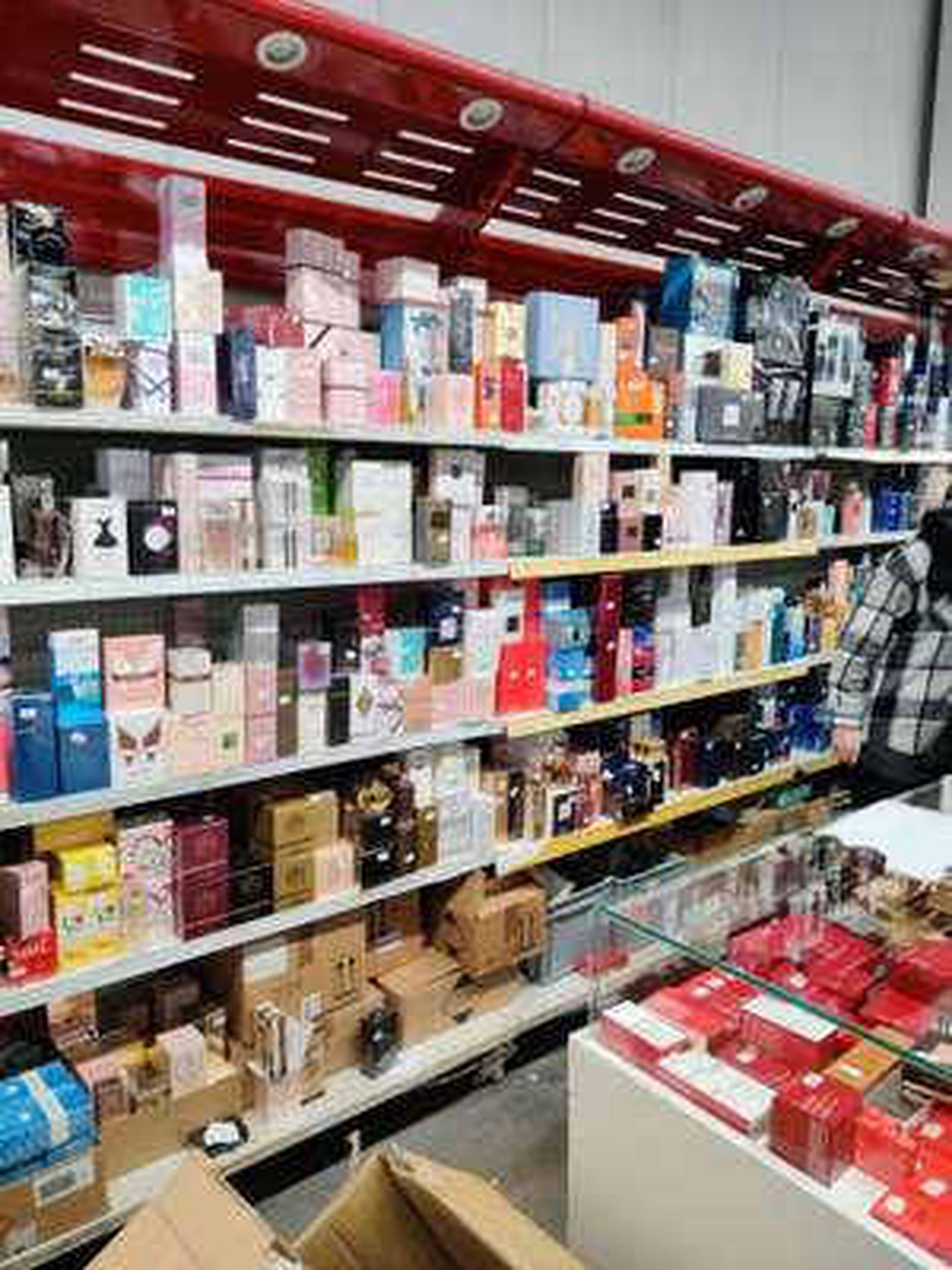 50% de réduction sur tous les parfums Femme & Homme et sur maquillage - Ex: Guerlain Terracota (Épône - 78)