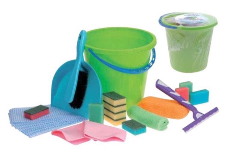 Set de nettoyage 25 pièces