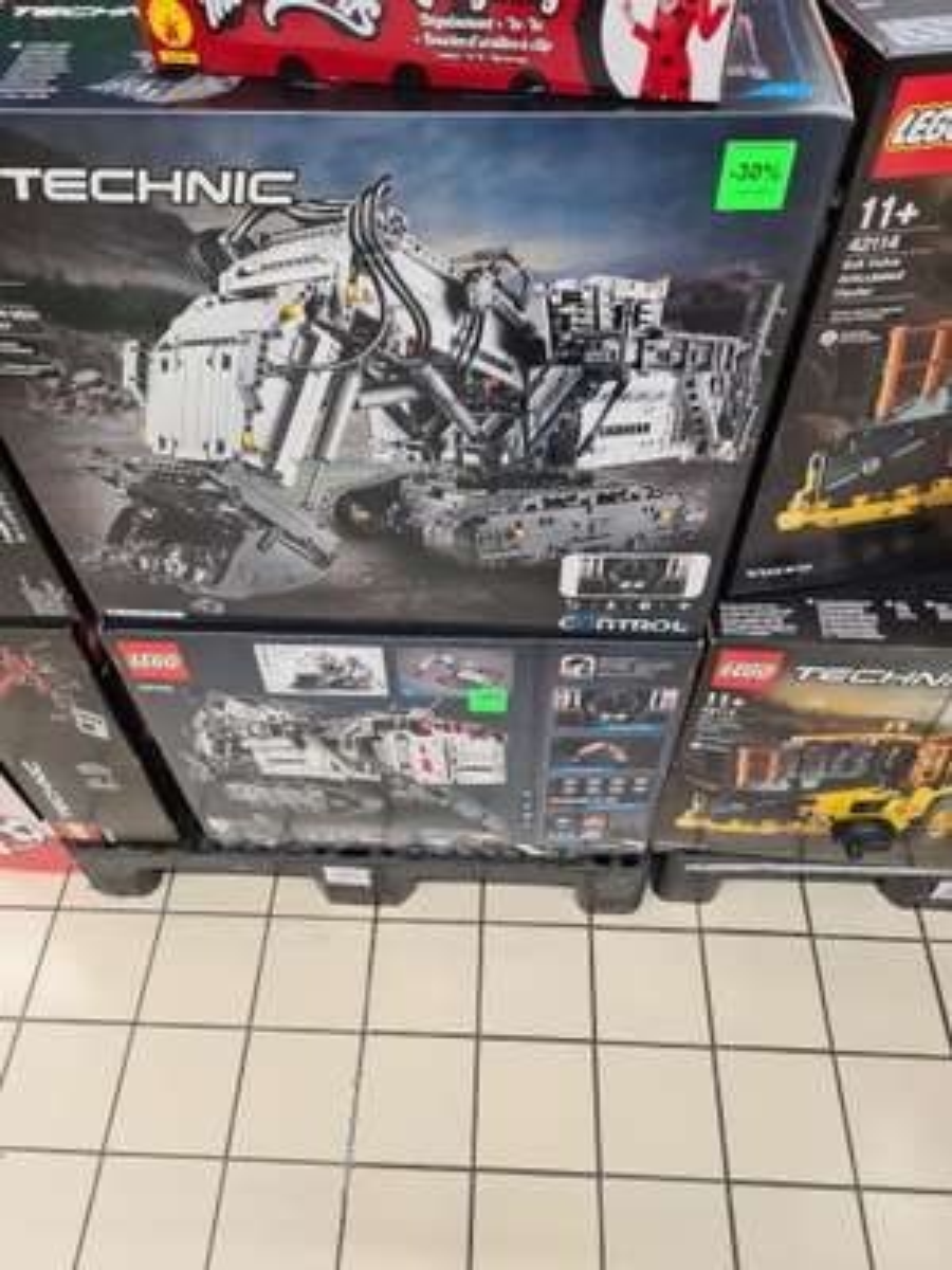 Jeu de construction Lego Technic - Pelleteuse Liebherr 42100 (Auchan Epagny 74).