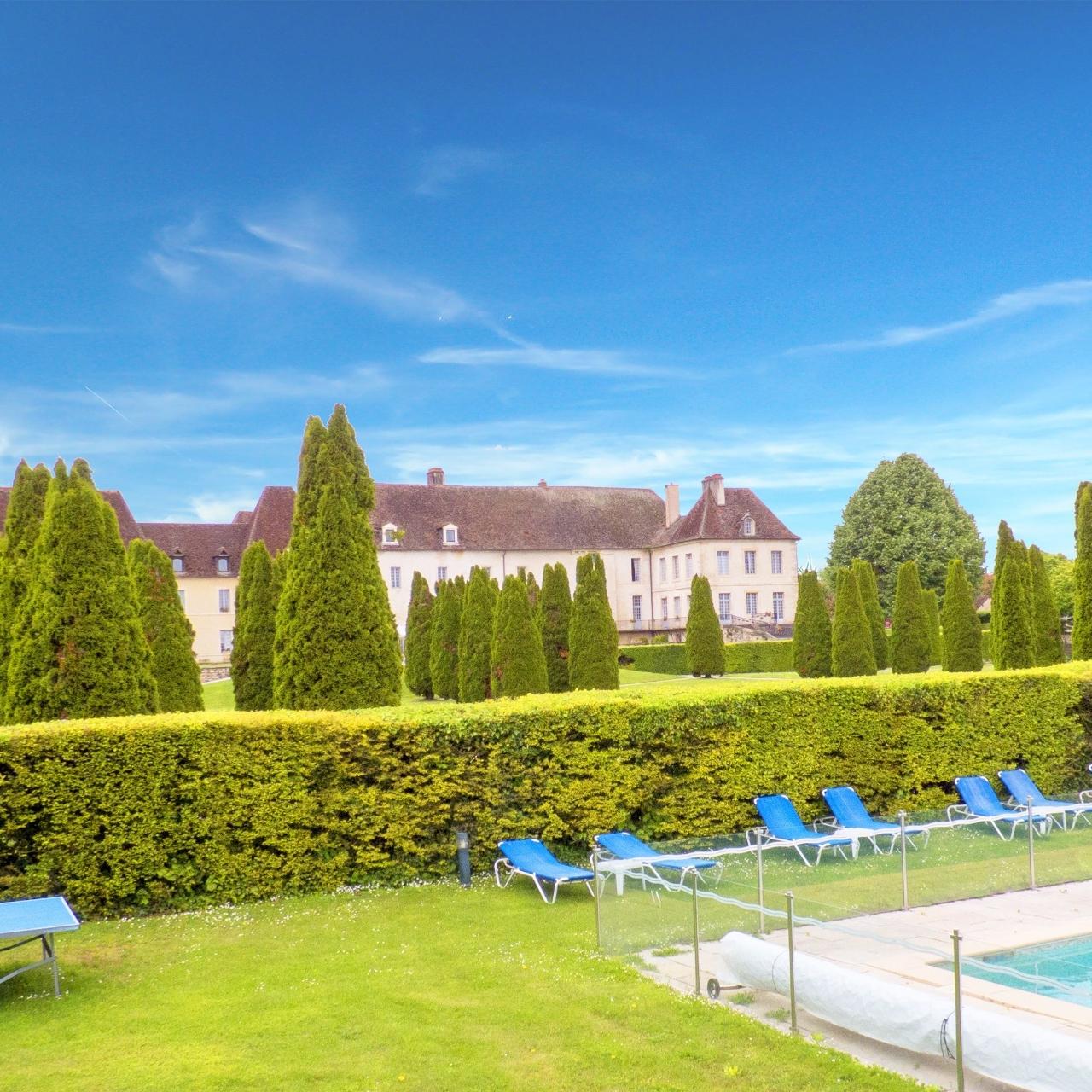 Séjour 1 nuit au Château de Gilly (21) avec petits déjeuners + visite de la cave du Château de Pommard + verre - pour 2 pers., 13 ou 14/02