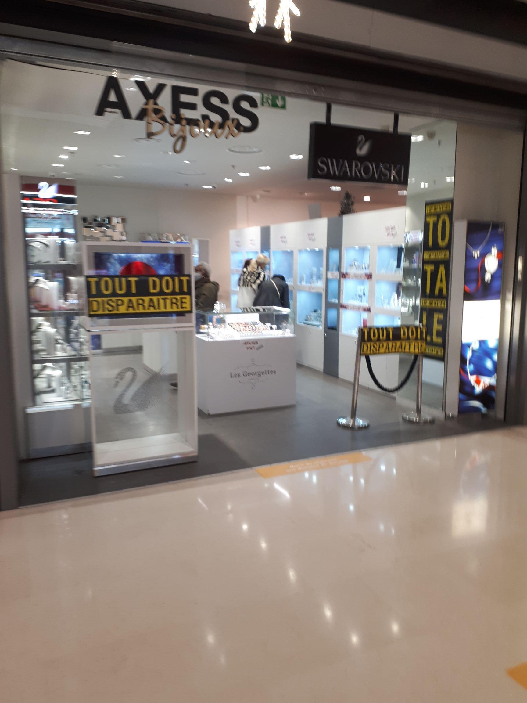 Liquidation totale sur tout le magasin (Axxes - Cergy 95)