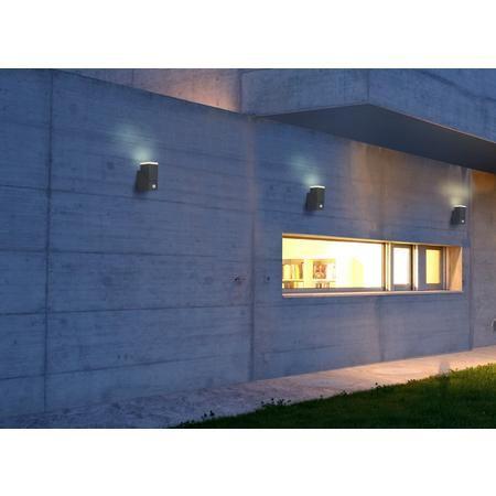 Applique LED avec détecteur de mouvement Polarlite Spot Pir8 PL-8232020 LED intégrée blanc chaud (getgoods.com)