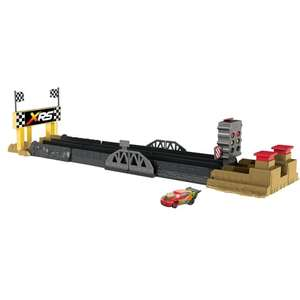 Circuit XRS Drag Racing + 1 voiture Cars Flash Mc Queen (via 21,59€ sur la carte)