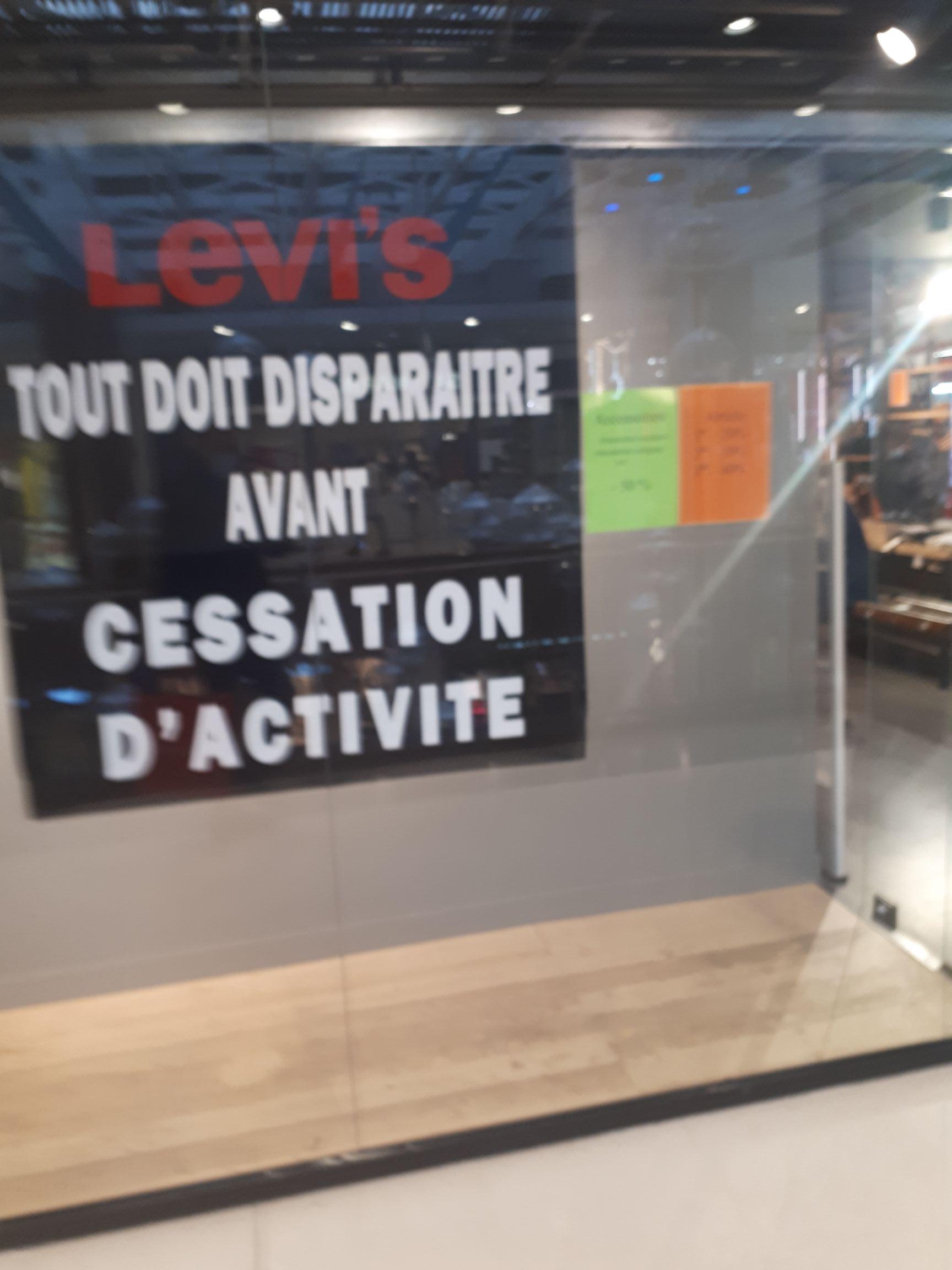 Liquidation avant fermeture - Levi's centre commercial des 3 Fontaines Cergy (95)