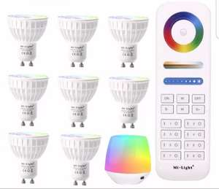 Lot de 8 ampoules LED RGB CCT connectées wifi Mi Light - GU10, 4W + Télécommande+ Mi box