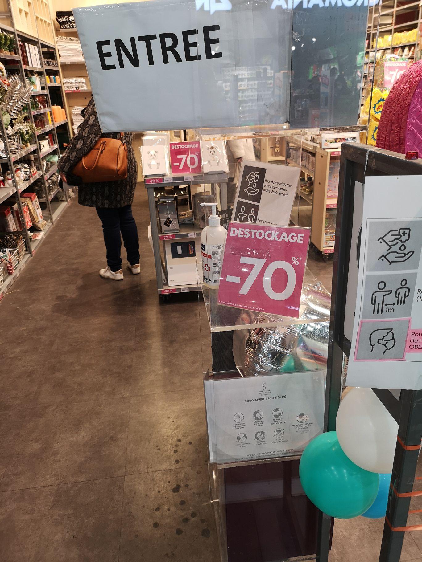 70% de réduction sur tout le magasin - Little Extra Englos (59)